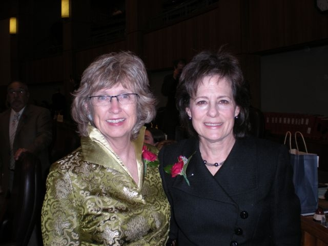 2010 Opening Session 014